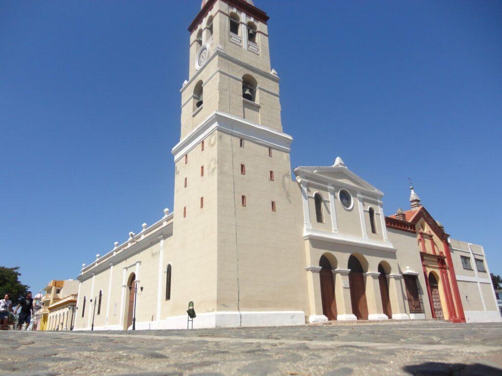 Iglesia parroquial de San Salvador de Bayamo
